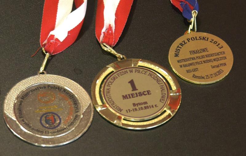 medale Macieja Joniuka za osiągniecia w piłce nożnej niesłyszących
