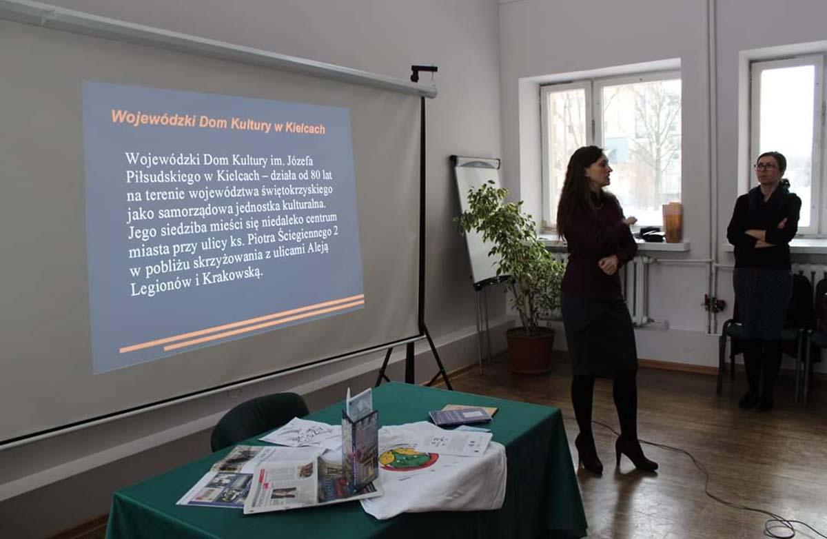 Sandra Tofil w wojewódzkim domu kultury w Kielcach